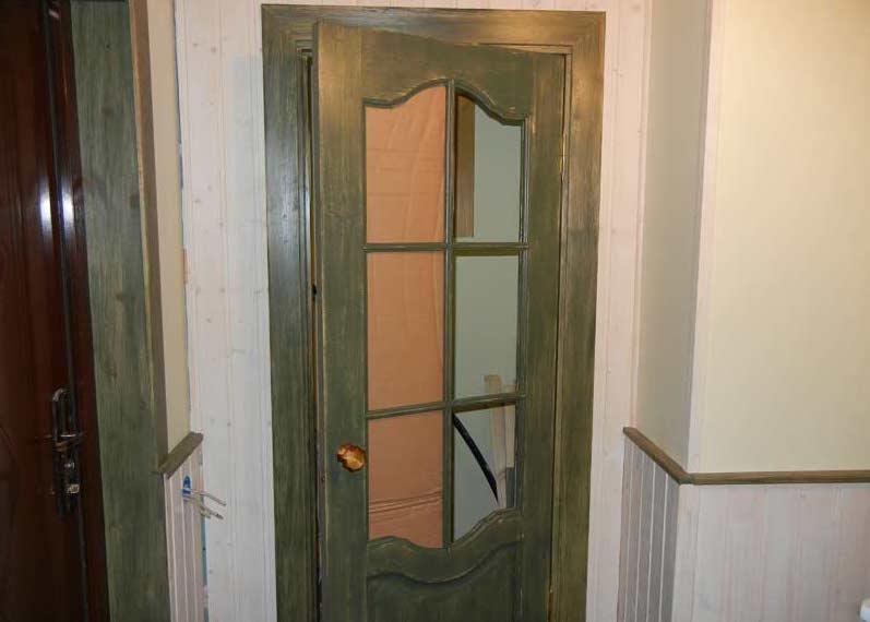 Як замінити розбите скло у міжкімнатних дверей: інструкція