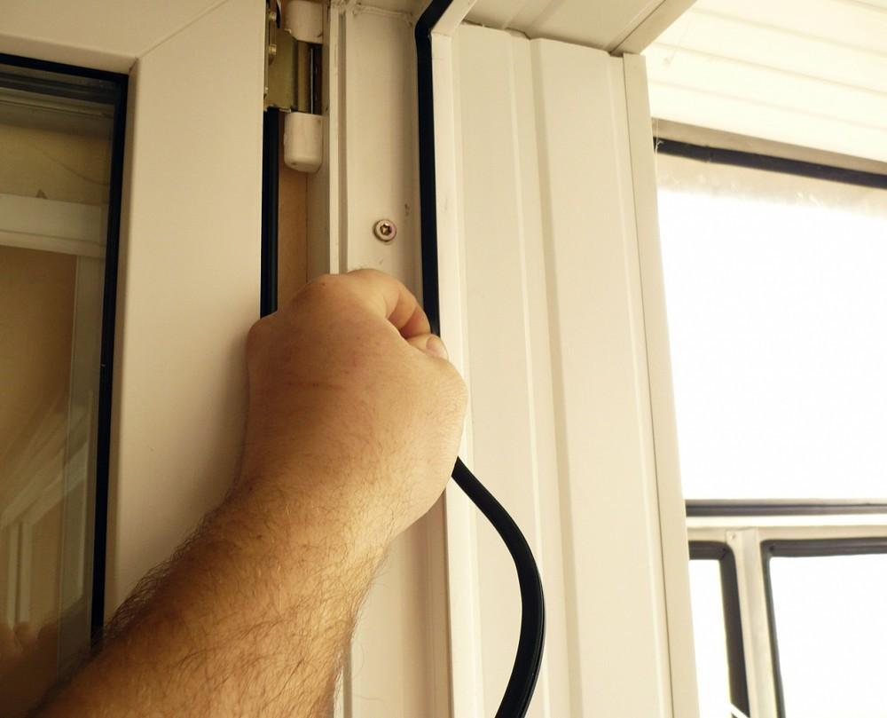 Утеплення вхідних дверей своїми руками: інструкція