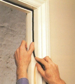 Як зробити шумоізоляцію дверей самостійно: інструкція